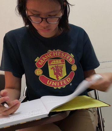 siswa Al Azhar Pusat yang mempersiapkan tes masuk Trinity College UK