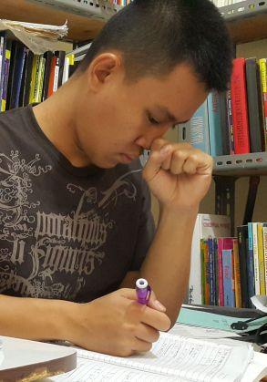 siswa taruna nusantara yang mempersiapkan ujian nasional