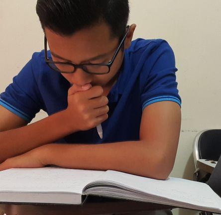 siswa labschool yang mempersiapkan tes masuk taruna nusantara